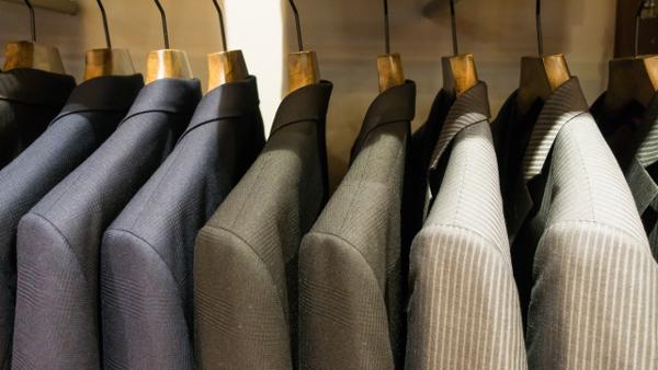 スーツ選び