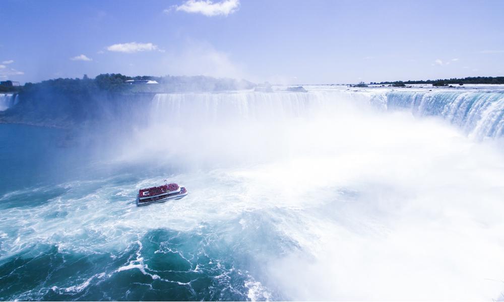 カナダ 写真 規定