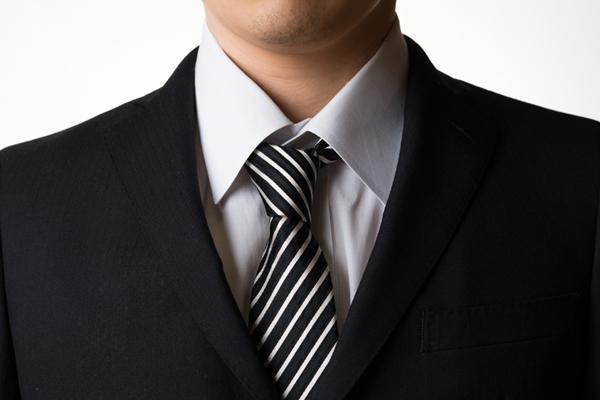 スーツ肩あたり