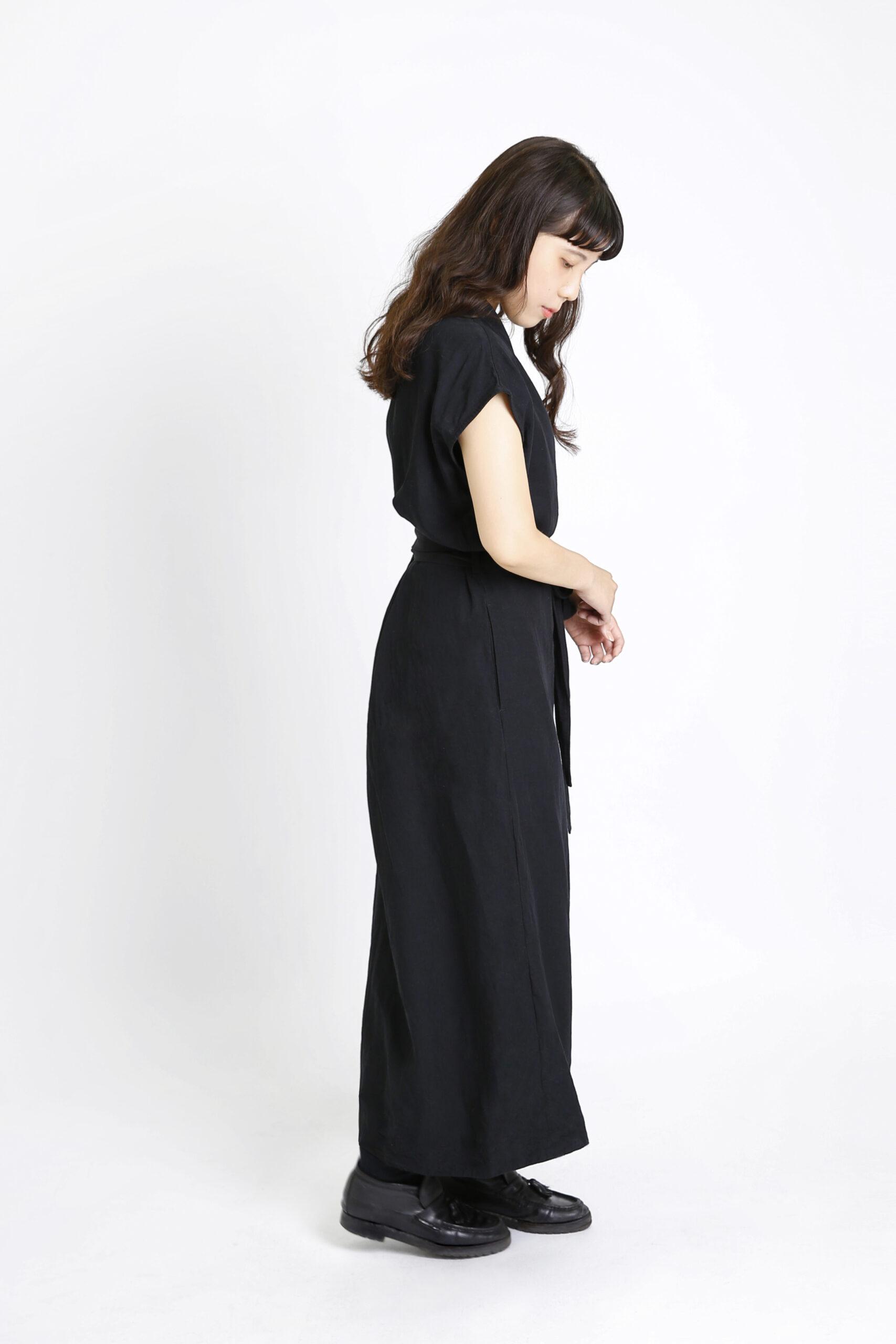 髪の長い女性のプロフィール写真